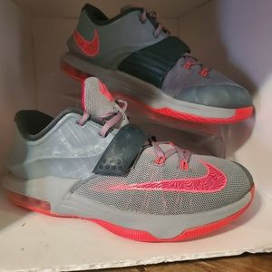 "Nike KD VII ""Calm Before the Storm"" 7 Grey 7y"